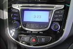 hyundai-solaris-salon-2_thumb.jpg